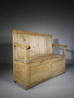 Early 19th Century Welsh Antique Pine Box Seat Settle