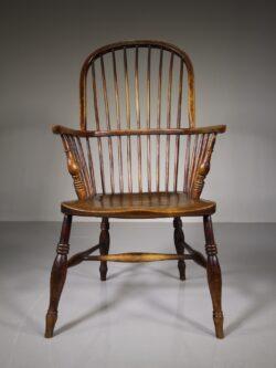 English 19th Century Antique Elm Windsor Armchair